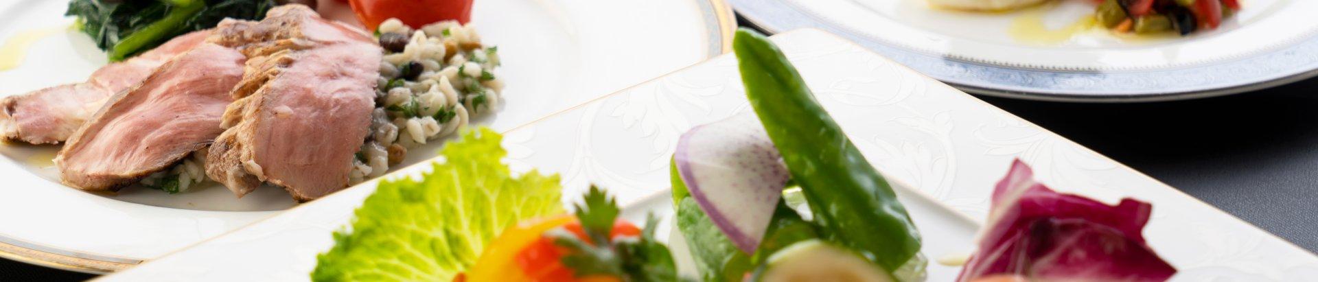 食の安心・安全、健康、地産地消をテーマに体に優しいお料理をご提供